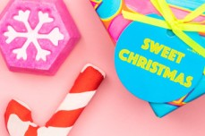 https://uk.lush.com/products/christmas-gifts/sweet-christmas